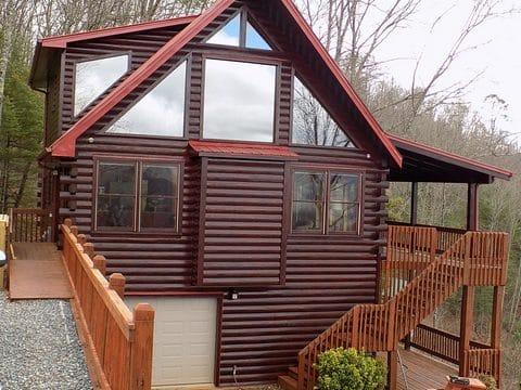 Log Home Staining & Restoration